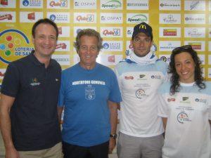 Salvatore Cimmino con il suo allenatore Filippo Tassara, Edoardo Stochino e Alessandra Romiti