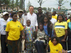[cml_media_alt id='2462']Goma, R.D. del Congo. Salvatore Cimmino con AHID di Idwji[/cml_media_alt]