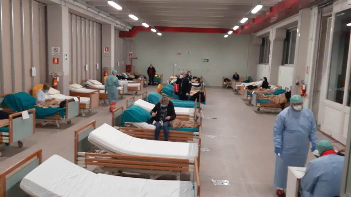 COVID-19: SWIMMING IN THE SEA OF THE GLOBE HELPS BRESCIA'S CIVIL HOSPITAL